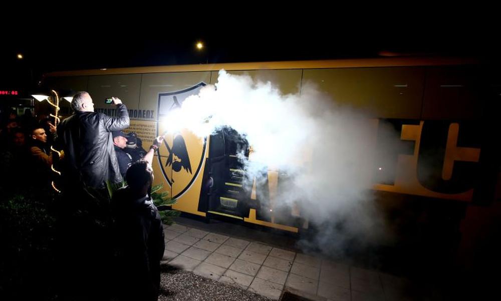Αποθέωση για την ΑΕΚ στο Αγρίνιο (photos)