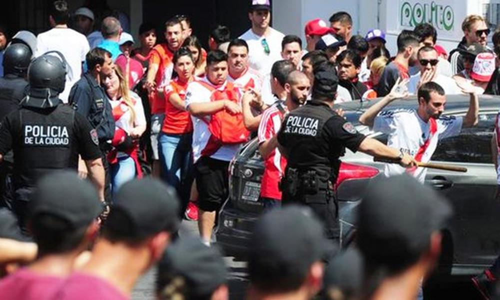 Ρίβερ – Μπόκα: Ζωντανά εικόνα από το Μπουένος Άιρες! (video)
