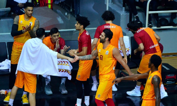 Τουρκία: Ο Όγκαστ νίκησε τον Ιβάνοβιτς, «διπλό» και... αγωνία για Σλούκα, Ντατόμε στη Φενέρ!