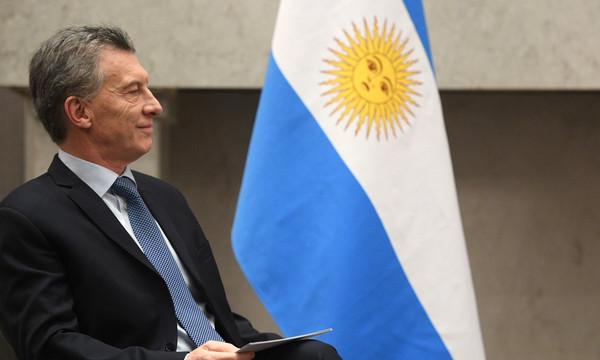 «Απασφάλισε» ο πρόεδρος της Αργεντινής για τα επεισόδια στο Ρίβερ – Μπόκα! (videos)