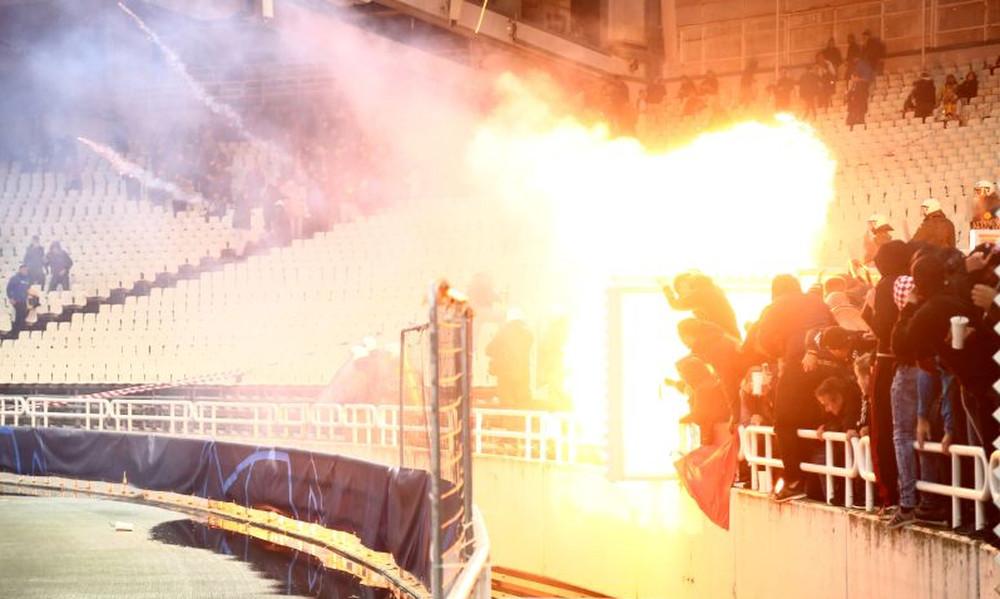 ΑΕΚ – Άγιαξ: Σοβαρά επεισόδια στο ΟΑΚΑ! (photos)