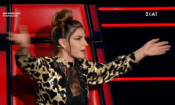 The Voice: Έλενα Παπαρίζου: «Θέλω να βγω έξω να πάρω αέρα» - Τι συνέβη;