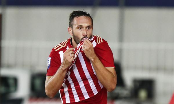 Βούκοβιτς: «Μπορώ να φιλήσω δύο σήματα, του Ολυμπιακού και του Ερυθρού Αστέρα»