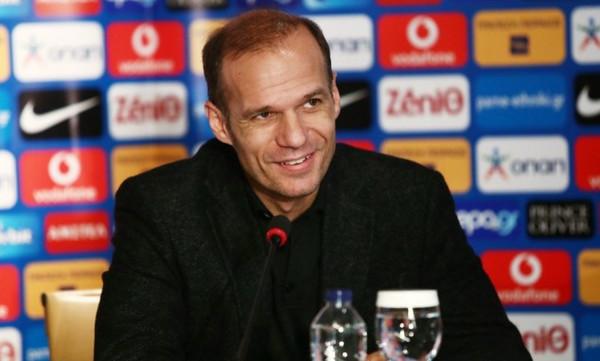Μπασινάς: «Να κάνουμε την υπέρβαση και να πάμε στο EURO»