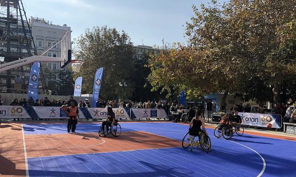 Η Πλατεία Συντάγματος έγινε γήπεδο μπάσκετ από τον ΟΠΑΠ για το «2ο Ηοpe Streetball» της ΟΣΕΚΑ