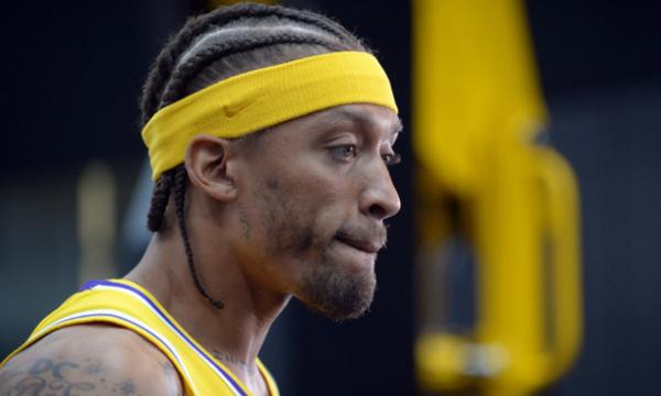 NBA: Βρε συ Μπίσλεϊ μας βλέπουν! (video)
