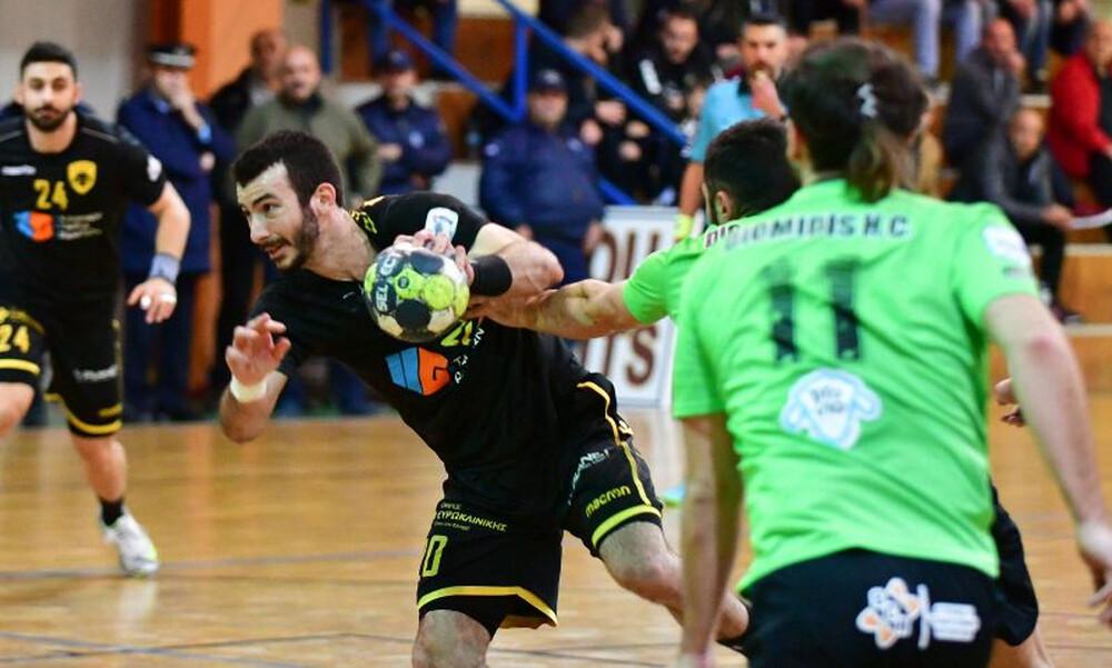 Όμιλος Ξυνή/Ολυμπιακός εναντίον ΑΕΚ στον τελικό του Χάντμπολ