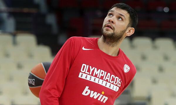 Ολυμπιακός-Μπαρτσελόνα: Παίζει ο Παπανικολάου