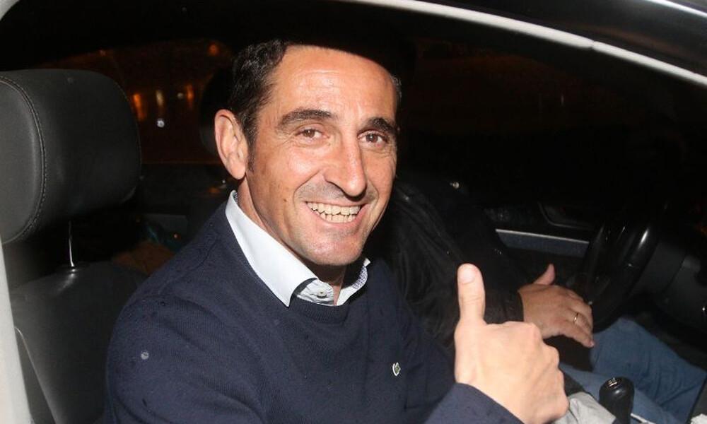 Έφτασε στην Αθήνα για την ΑΕΚ ο Χιμένεθ (photo)
