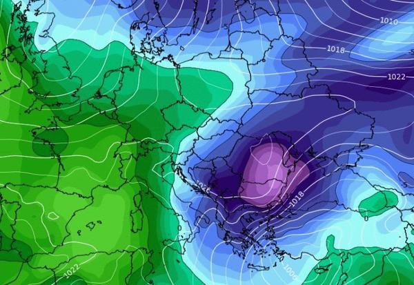 Καιρός: Δείτε καρέ - καρέ πώς κατεβαίνει ο χιονιάς προς την Ελλάδα (video)