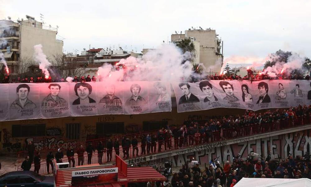 Σύσσωμος ο Ολυμπιακός στο μνημόσυνο για την «Θύρα 7» (photos)