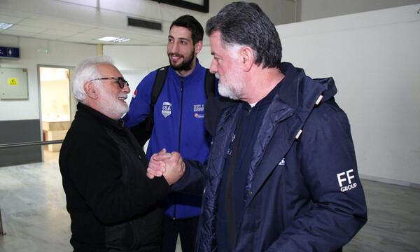 Εθνική ομάδα: Καρέ καρέ η άφιξη στο Ηράκλειο (photos)