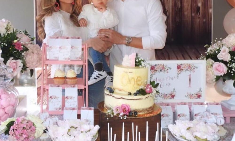 Έγινε ενός έτους και οι γονείς της τής ετοίμασαν ένα υπέροχο πάρτι γενεθλίων (pics)