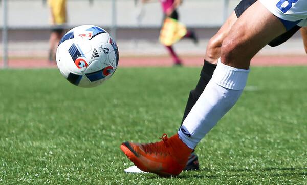 Σάλος στη Γ' Εθνική: Πρόεδρος αποκάλεσε ουρακοτάγκο ποδοσφαιριστή στο facebook! (photos)