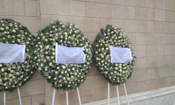 Κατέθεσαν στεφάνια για τον Θανάση Γιαννακόπουλο Αγγελόπουλοι και Σπανούλης