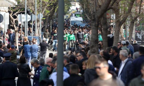 Το συγκινητικό πανό της Θύρας 13 για τον Θανάση Γιαννακόπουλο (photos)