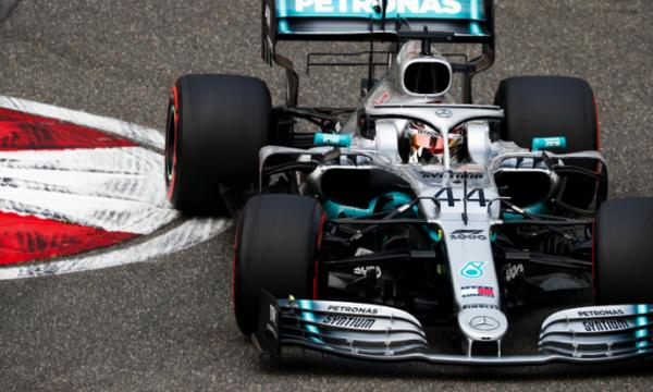 Formula 1: Περίπατος για Χάμιλτον