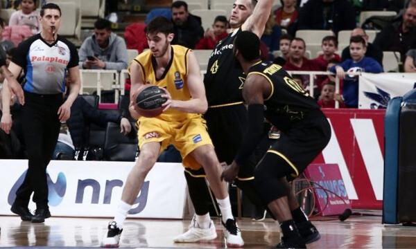 AEK: Μπήκε ο Τσαλμπούρης, «τρέχει» ο Θίοντορ