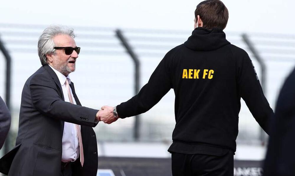 ΕΠΟΣ: Έτσι υποδέχθηκε την ΑΕΚ ο Κομπότης στην Λιβαδειά! (photos)