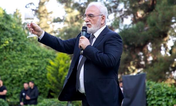 Συγκινητικός Ιβάν Σαββίδης: «Να μην φύγει κανένας, όλοι μαζί πετύχαμε»