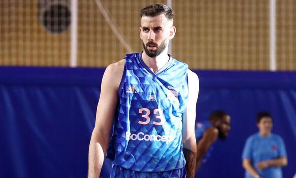 Χολαργός: Ο Γιάνκοβιτς αποθέωσε τον Λυκογιάννη!