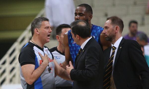 ΑΕΚ – Χολαργός: Ο Σχινάς δεν έδωσε το χέρι στον Μπάνκι! (video+photos)