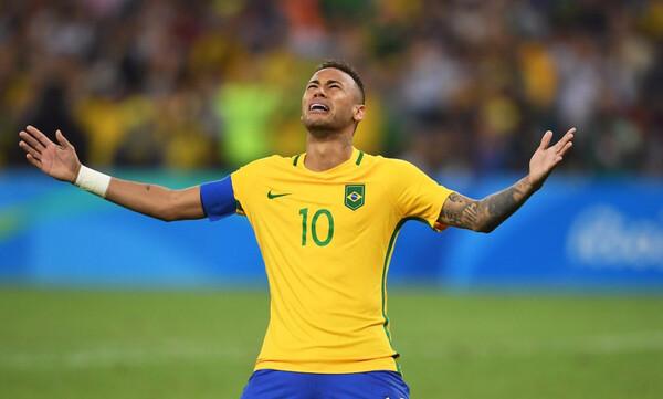 Αφαίρεσαν τον περιβραχιόνιο της Βραζιλίας από τον Νεϊμάρ!