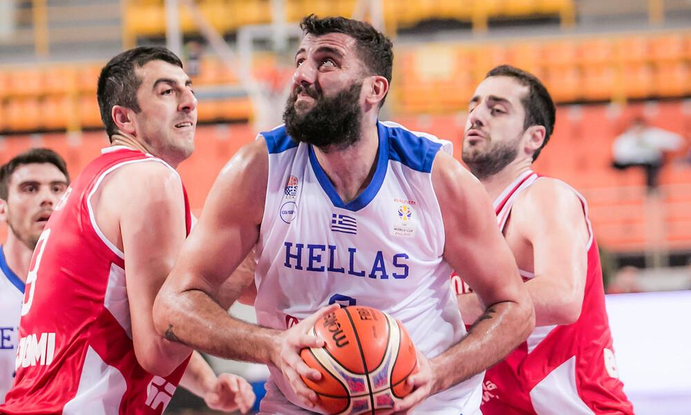 Μπουρούσης: «Σημαντική για τους νέους η επαφή με διαφορετικά είδη μπάσκετ»