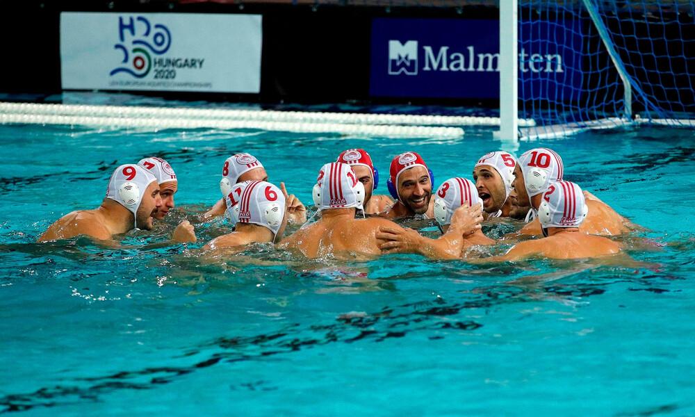 Μαρινάκης: «Θερμά συγχαρητήρια στην ομάδα πόλο του Ολυμπιακού»