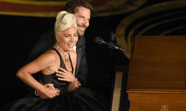 Έξαλλη η Lady Gaga: Έβρισε θαυμαστές που τη ρώτησαν πού είναι ο Μπράντλεϊ Κούπερ
