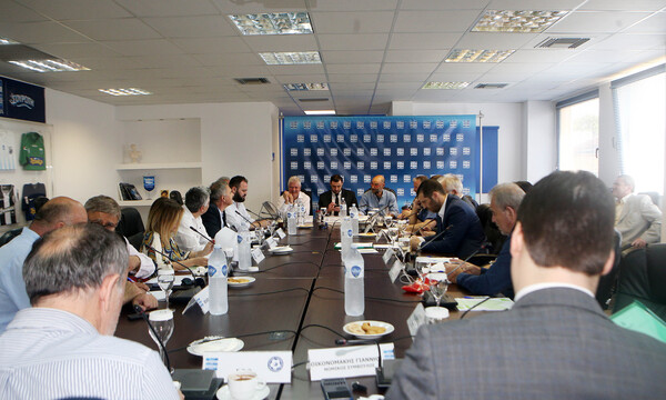 Super League: ΔΣ την Τρίτη με κρίσιμα θέματα στην ατζέντα