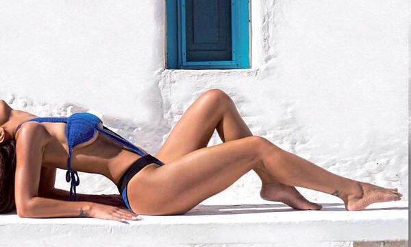 Ελληνίδα τραγουδίστρια σε καυτές πόζες στο Instagram (photos)