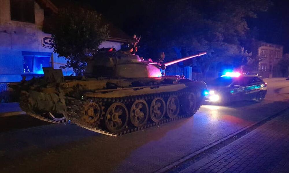 Τρόμος στην Πολωνία: Μεθυσμένος βγήκε «παγανιά» με... τανκ