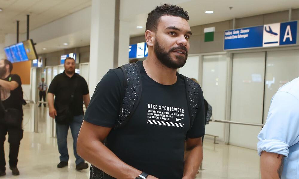 Ολυμπιακός: Έφτασε στην Αθήνα ο Σουντανί
