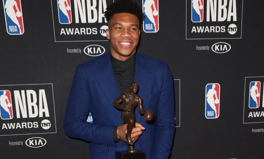 NBA: Μοναδικό επίτευγμα από τον Αντετοκούνμπο (photo)