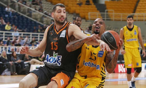 Στο στόχαστρο της ΑΕΚ ο Σαλούστρος, ανακοινώνεται για τέσσερα χρόνια ο Τολιόπουλος!