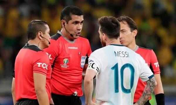 Η νέα αποτυχία του Μέσι με την Αργεντινή και το «ντου» του σταρ της Μπάρτσα στους διαιτητές! (video)