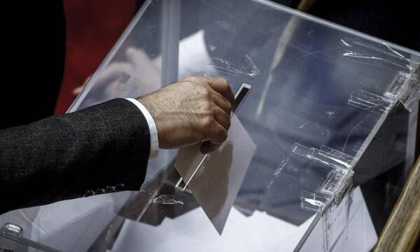Εκλογές 2019 - EXIT POLLS: Ανατροπές στο δεύτερο κύμα των ερευνών
