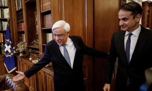 Ο Παυλόπουλος έδωσε εντολή σχηματισμού κυβέρνησης στον Μητσοτάκη μέσω τηλεφώνου