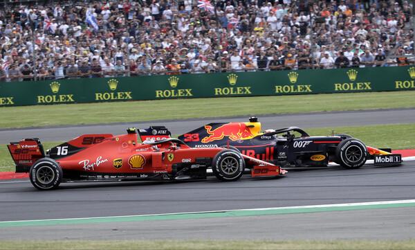 Formula 1: Απίστευτη σύγκρουση ανάμεσα σε Φέτελ και Φερστάπεν (video)