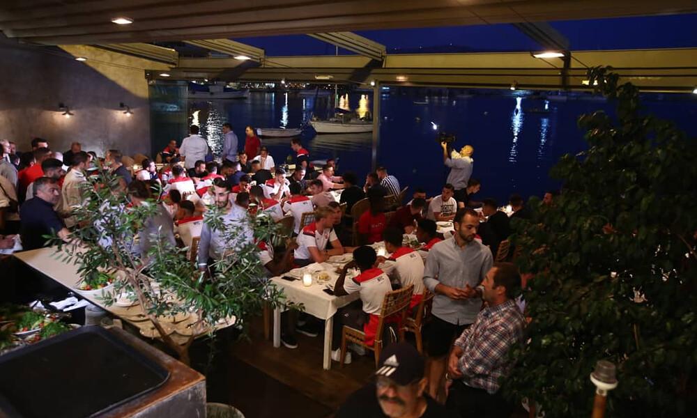 Δείπνο Ολυμπιακού και Νότιγχαμ στο Μικρολίμανο (photos)