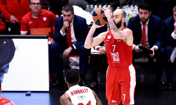 Έμεινε στον Ολυμπιακό ο Σπανούλης
