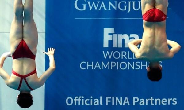 Καταδύσεις: Η 14χρονη Κινέζα Γιουσί Τσεν νικήτρια στα 10μ.