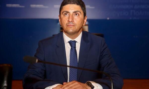 Αυγενάκης: «Τεράστια επιτυχία για τον Κριστιάν και την κολύμβηση»