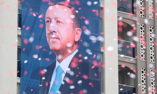 Μπασάκσεχιρ: Ο «Δούρειος Ίππος» του Ερντογάν στην τουρκική κοινωνία