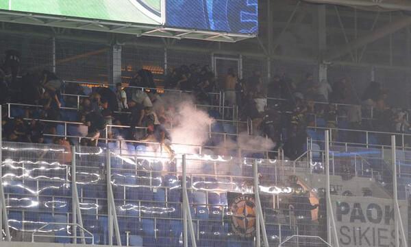 Ένταση και δακρυγόνα στην εξέδρα των οπαδών του ΠΑΟΚ! (photos)