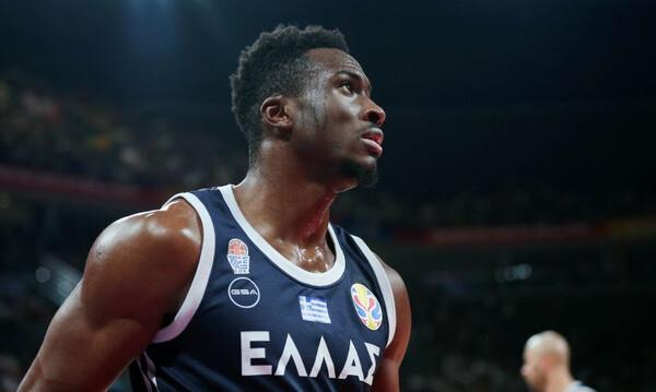 Παγκόσμιο Κύπελλο Μπάσκετ 2019: Κάκωση στα πλευρά ο Θανάσης Αντετοκούνμπο