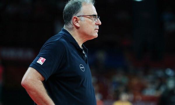 Σκουρτόπουλος: «Λυπάμαι που απογοητεύσαμε τον κόσμο... Είμαι υπεύθυνος» (video)