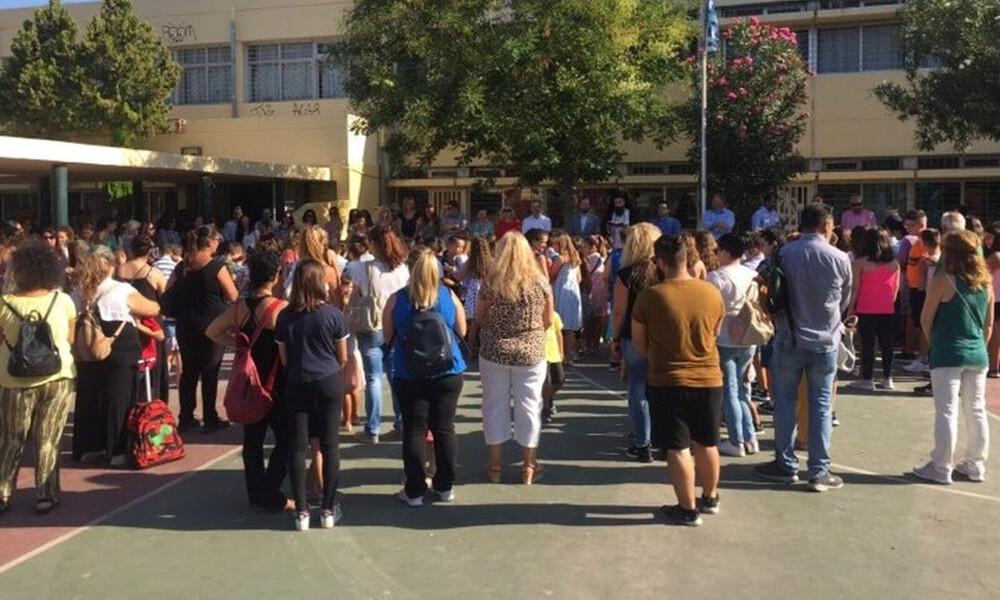 «Χτύπησε» το πρώτο κουδούνι: Αγιασμός με κλειστά σχολεία
