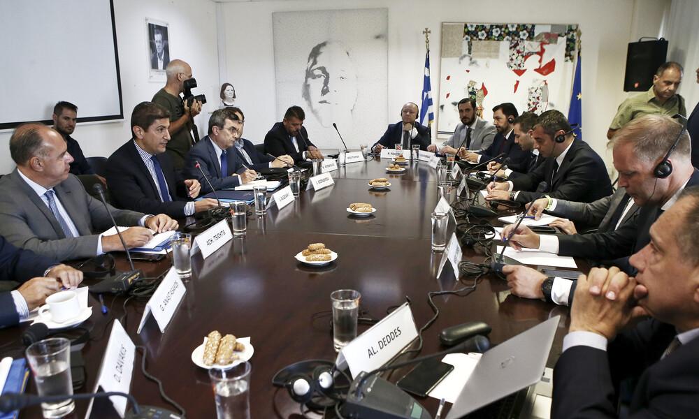 «Επιτροπή καθοδήγησης» για το ελληνικό ποδόσφαιρο με τη συνδρομή FIFA, UEFA